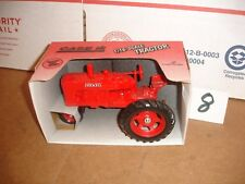 1/16 farmall m in box