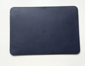 "Genuine Apple Macbook Pro / MacBook Pro Retina 15"" Leather Sleeve Midnight Blue"