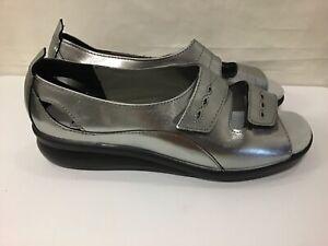 Unworn Hotter Ladies Shoes Leather Silver Sandals Comfort Fastening Size UK 7