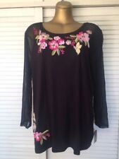 Designer INC Top feature Floral Embroidery w Sequins Long Sheer Sleeves Sz 2X