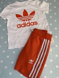 Boys Adidas Shorts And T Shirt Set Age 6-7