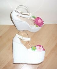Schuh Ladies Double Trouble White Wedge Heeled Flower Shoes Size UK 7