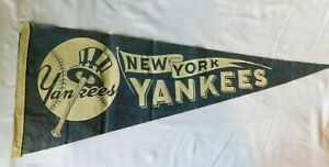 Rare 1940s NEW YORK YANKEES   Pennant Flag - Baseball