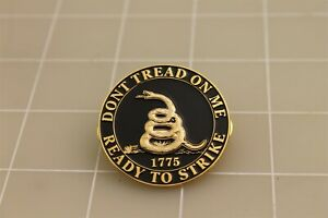 """BRAND NEW Lapel Pin """"DON'T TREAD ON ME"""" READY TO STRIKE 1775 1.5"""""""