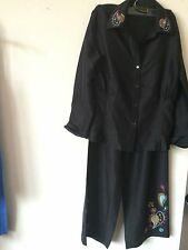 NWT..DIANE GILMAN..M..BLOUSE AND PANTS..BLACK..COLORFUL EMBROIDERY..SILK..M..