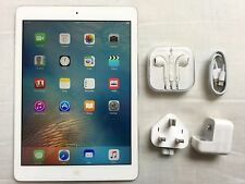 Apple iPad Air 1st generation 64GB, Wi-Fi, 9,7 pollici-ARGENTO + EXTRA