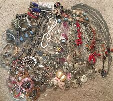Lot Of Approx 100 Vintage & Modern Jewelry Costume Necklaces Bracelets Earrings