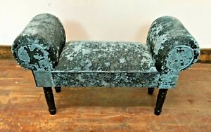 GREEN CHAISE LOUNGE STYLE FOOT STOOL / VELVET FABRIC / BLACK WOOD FEET / WING