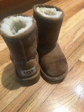 UGG Austrailia Classic Boots Toddler Size 7 Sheep Fleece Lined Chestnut Swede