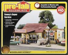 Woodland HO Pre-Fab Bldg Sonnys Super Service Built-&-Ready Structure