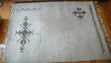 TAPIS  MADE IN MAROC  DESIGN 1980 VINTAGE ANNEES 80