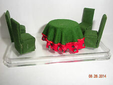 """DOLLHOUSE MINI 1/4"""" SCALE DINING SET, TABLE AND 4 CHAIRS - CHRISTMAS"""