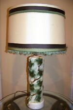 "ANTIQUE MID-CENTURY 27"" Green Ivy Porcelain PILLAR TABLE LAMP & SHADE White Gold"