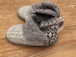 Ladies Fairisle Cable Knit Festive Snowflake Winter Slip On Slippers Mules Size