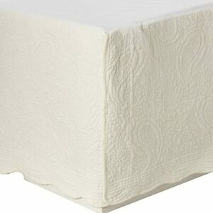 Greenland Home Paisley Quilted Bed Skirt Ivory King