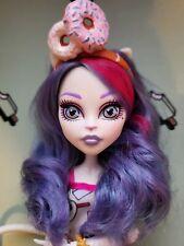 Monster High Doll Catrine De Mew Dessert Ghouls Custom Great Condition