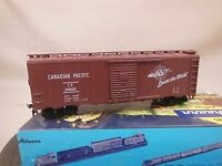 HO SCALE ATHEARN BLUE BOX KIT BUILT 40' BOX CAR CANADIAN PACIFIC
