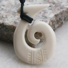 AU#384 Pretty Carved Tribal Koru Maoris Amulet Yak Bone Pendant Necklace Gift