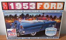 AMT 1953 Ford Crestline Sunliner Convertible w/ cartograf plastic model kit 1/25