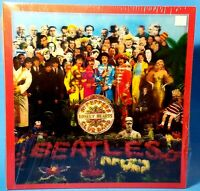 THE BEATLES~Sgt Peppers~SEALED~DELUXE BOX SET {4CD/Blu-Ray DVD/Book/Posters}