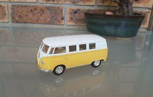 Kinsmart 1962 Volkswagen Classical Bus KT5060 Pull Back & Go Scale 1:32