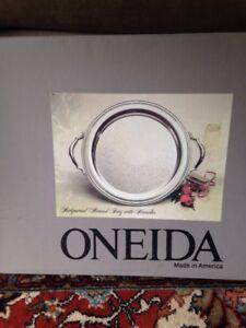 Oneida Silver Tray Ridgewood Round With Handel 14 1/2 Inches