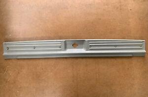 2001-2003 Infiniti QX4 Trunk Scuff Step Plate Trim 84990-3W701 OEM olive color