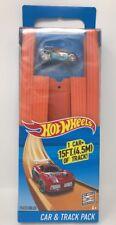 Hot Wheels Car & Track Pack 15 FT Straight Track & Bonus Car