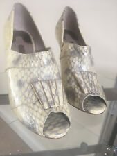 TED BAKER YELLOW CREAM SNAKE PRINT PEEP TOE Patent leather UK 4 (37)