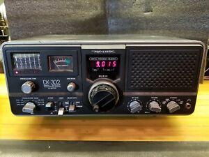 Realistic DX-302 Quartz Synthesized Ham/Shortwave Receiver AC, DC& Battery Radio