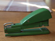 "Vintage Green Markwell SX Pacemaker Stapler w/ Rubber Bottom Uses ""SX"" staples"