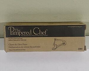 Pampered Chef Cherry & Olive Pitter # 2080 Brand New Retired (5899)