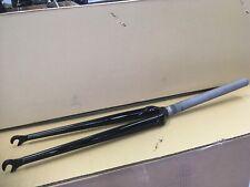 """Fork1""""threadless,straight bladed,lugged,Black 26.4crn;260mm steerer tube."""
