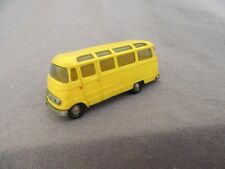 841G Wiking Bus Mercedes L 319 / O 319 Jaune Ho 1:87