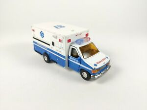 Ford E-350XL Ambulance Type III 3 approx 14cm/6inch  Tin Toys Diecast Model