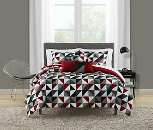 Reversible Geometric Triangles 10-Piece Bed In a Bag Bedding Set King Size