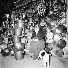 PARIS c. 1958 - Brocanteur Rue Raspail & ND des Champs - Négatif 6 x 6 - N6 P135