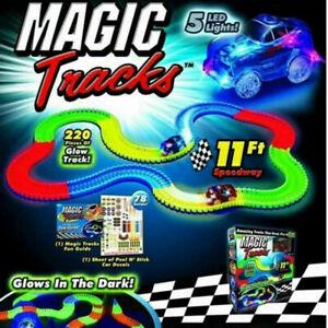 MAGIC TRACK GLOW IN DARK LED LIGHT UP RACE CAR RACETRACK 220 Pcs UK KIDS TOY