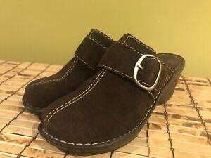 Born Womens Size 9 Brown Suede Clogs Mules Shoes Buckle Strap.