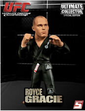 ROYCE GRACIE Round 5 UFC Ultimate Collector Series 4 VARIANT GREY GI