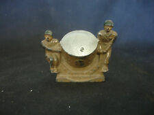 Old Vtg Lead Manoil Barclay Military Pair Of Soliders With Spot Light