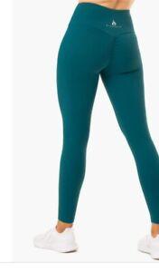 Ryder Wear Emerald Green Scrunched Bum Leggings Size M BNWT