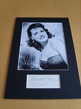Maureen O Hara Genuine Autograph - UACC / AFTAL.
