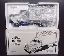 New First Gear 1957 International R-190 B.F.Goodrich Dry Goods Van 1:34 Scale
