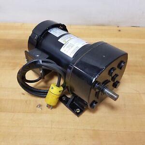 Dayton 6K583A, 1/2HP 61 RPM, Ratio- 28.6:1, Torq-480 IN-Lbs, 54Nm - USED