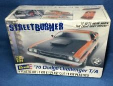 Revell 85-2596 Streetburner '70 Dodge Challenger T/A 2'N1 Model Kit New Nib