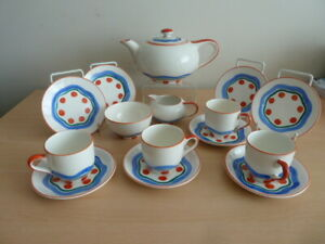 VERY RARE HAND PAINTED SUSIE COOPER 4 SETTING CHILDS TEA SET