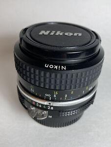 NIKON NIKKOR Manual 28mm F/2.8 1:2.8 Lens W Caps NICE