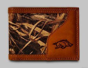 Arkansas Razorbacks Bifold Realtree Max-5 Camo & Leather Wallet w/ Embossed Logo
