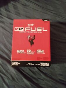 """Milwaukee 2555-20 M12 FUEL Stubby 1/2"""" Impact Wrench (Bare Tool Only)"""